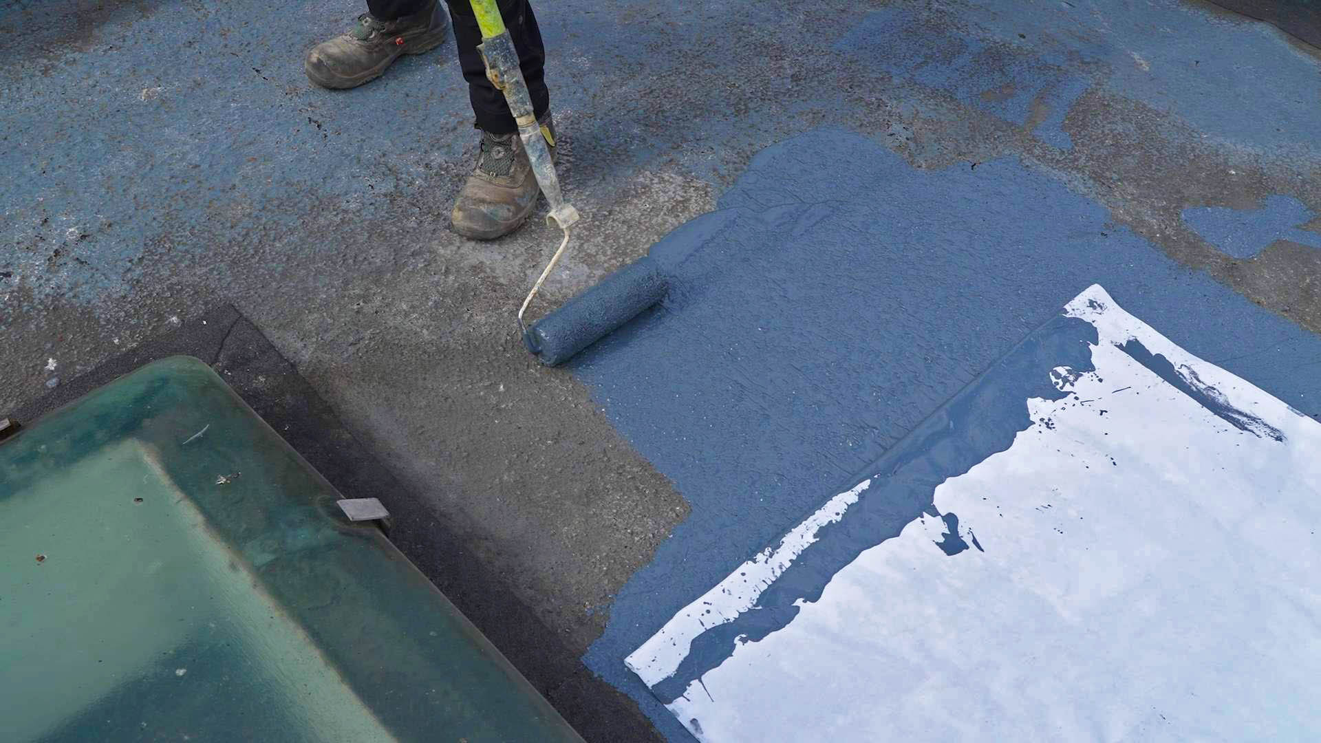 How to Repair a Flat Roof 3