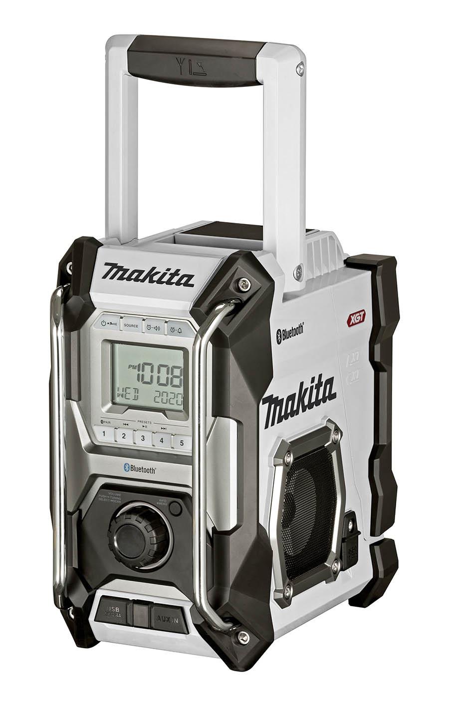 Free Makita XGT 40vMax Radio 2